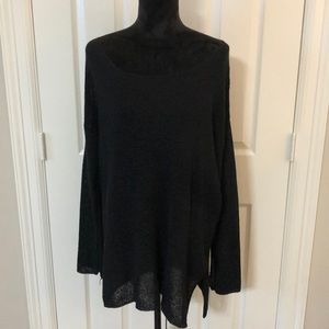 Black boat neck knitted side split tunic